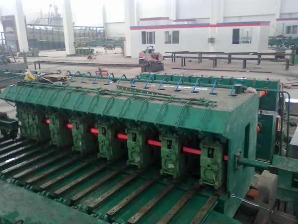 Slight-tensioned reducing mill
